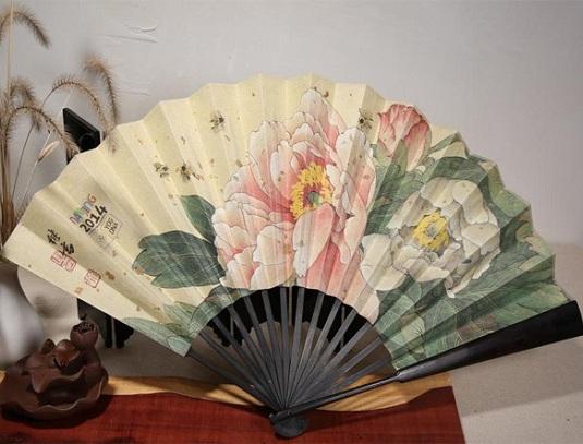 2014南京青奥会定制的纪念品折扇