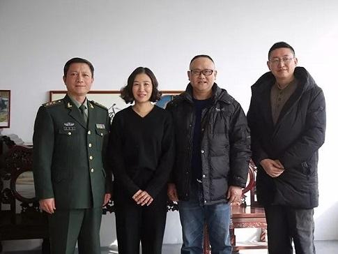 苏州吴中区委常委、人武部部长陈建峰调研凌云扇厂