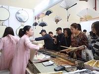 盛风苏扇应邀参展第41届全国文房四宝艺术博览会
