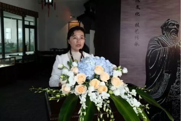 苏州技师学院隆重举行非物质文化遗产人才培养合作协议签约暨传统工艺技术班拜师仪式