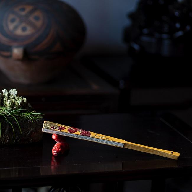玉竹镶嵌松鼠玉米折扇